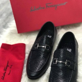 Salvador Feragamo Classy Executive Loafer Black