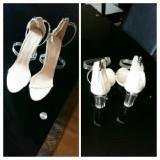 White Heel Shoe