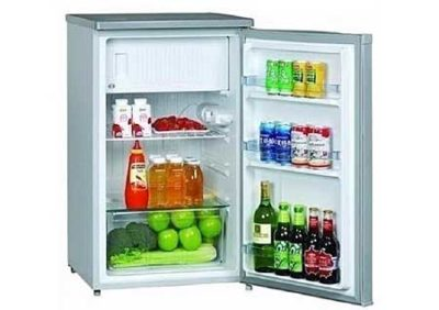 The Top Affordable Mini Fridge for cooling water and keeping food frehser for longer