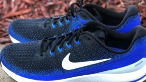 Nike Zoom Vomero Lateral Side x