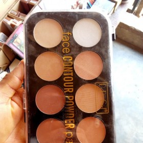 Awwal Cosmetics   Face Contour Powder Palette