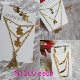 Triple Layered Chain With Earring