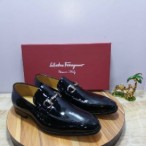 Salvador Feragamo Classy Executive Wetlook Loafer Black